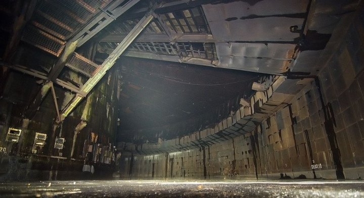 zabroshennaya-baza-po-proizvodstvu-raket