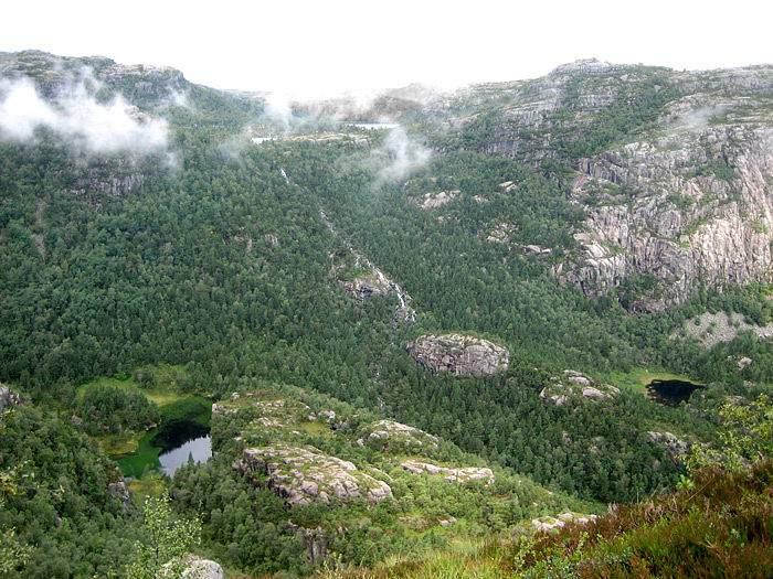 doroga-k-prekestulenu-norvegiya