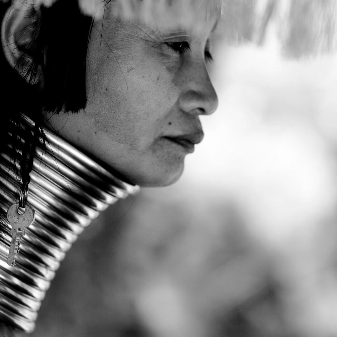 klyuch-kak-ukrashenie-plemeni-padaung