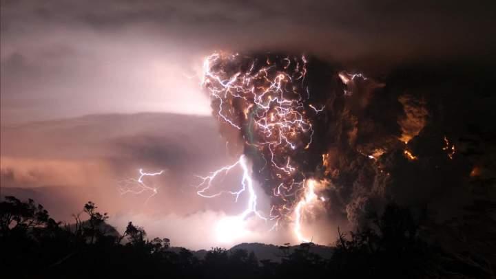 molnii-vulkana-Chaitin