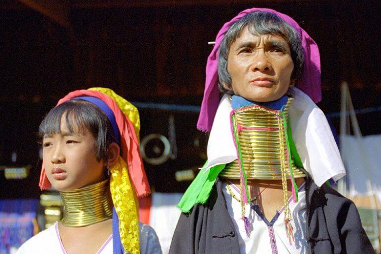Padaung tribe - the giraffe neck women