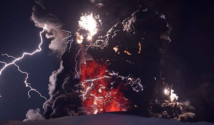 udivitelnye-vulkanicheskie-vspyshki