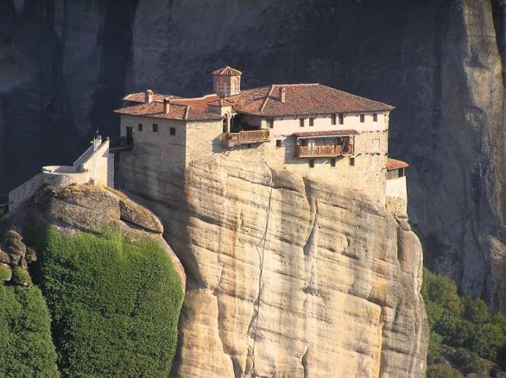 Балконы Монастыря Русану, Греция