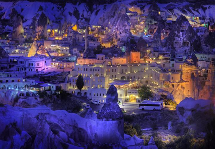 Современный город в Каппадокии, Турция