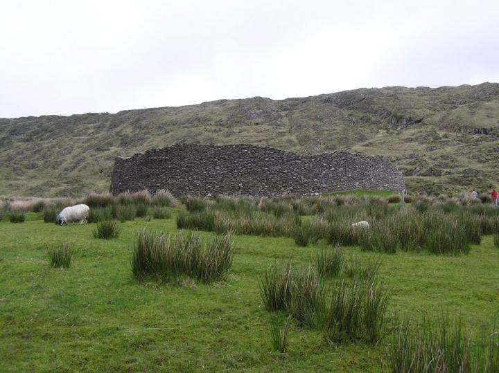 """Каменный форт """"Ань-Штегь"""", Ирландия"""