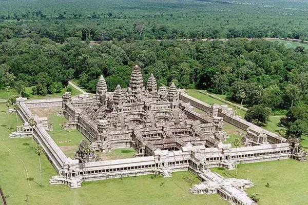 Ангкор-Ват - вид сверху. Фото
