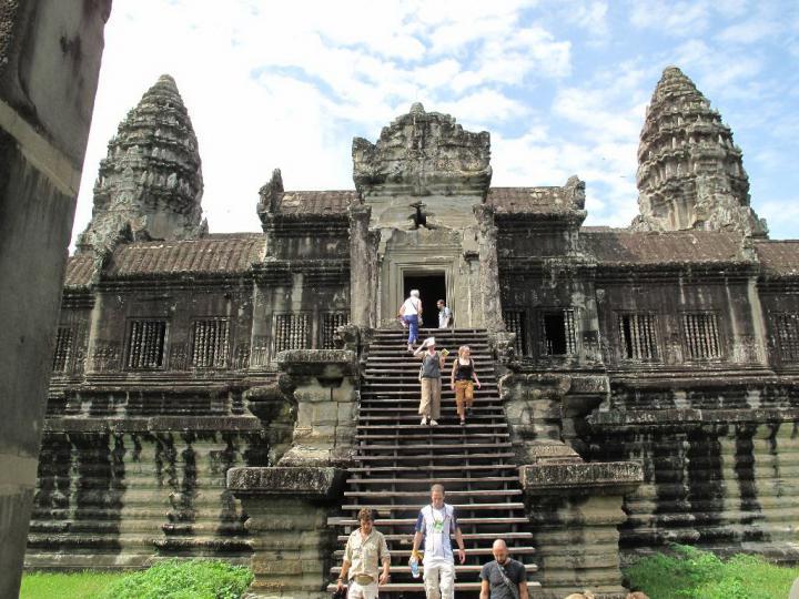 Главный вход в храм Ангкор-Ват