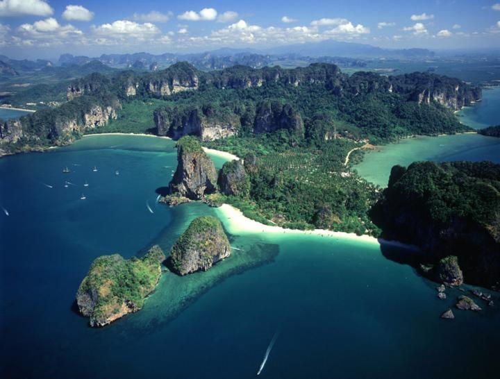 Острова Пхи-Пхи, Таиланд - вид сверху