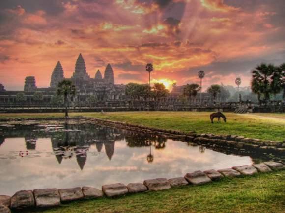 Закат на Ангкор-Вате