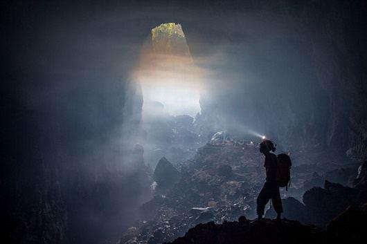 Густой туман в пещере Шондонг, Вьетнам