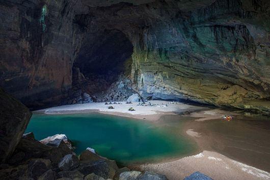Самая большая пещера в мире - Шондонг