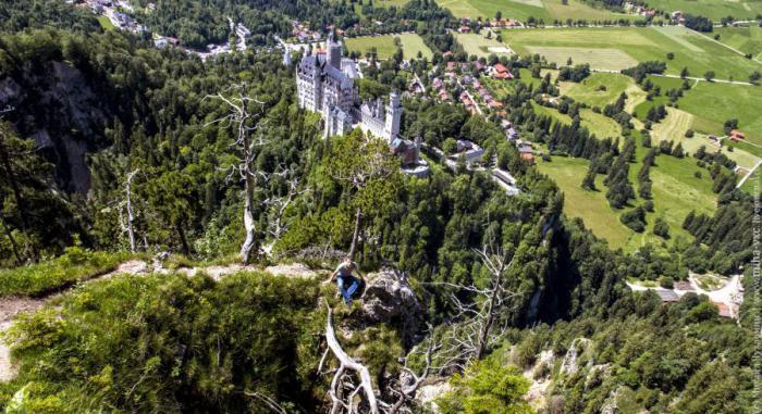 Территория замка Нойшванштайн, Германия