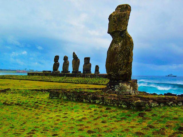 Побережье острова Пасхи, Чили