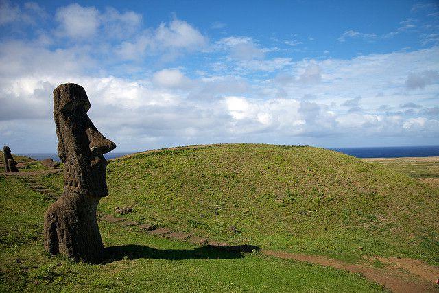 Статуя Моаи на острове Пасхи