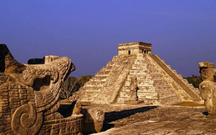 Пирамида Кукулькана, Чичен-Ица, Мексика