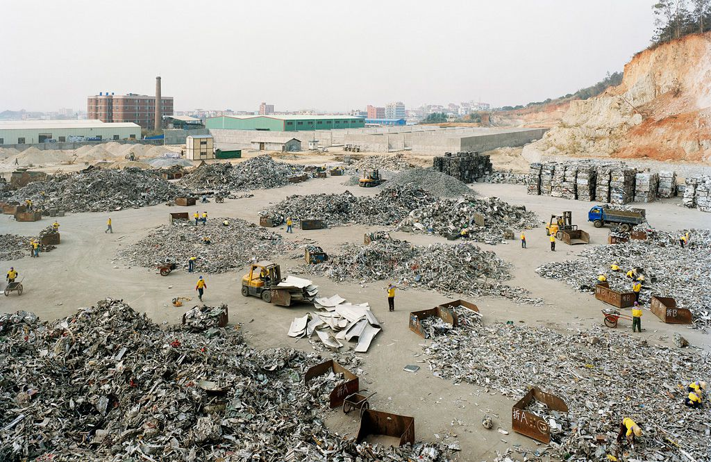 Электронная свалка в самом грязном городе, Китай