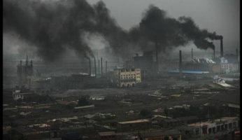 Горящие отходы в Китае