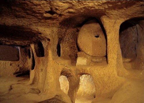 Пещера в городе Паган, Мьянма