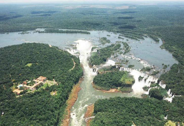 Водопады Игуасу - вид с птичьего полета