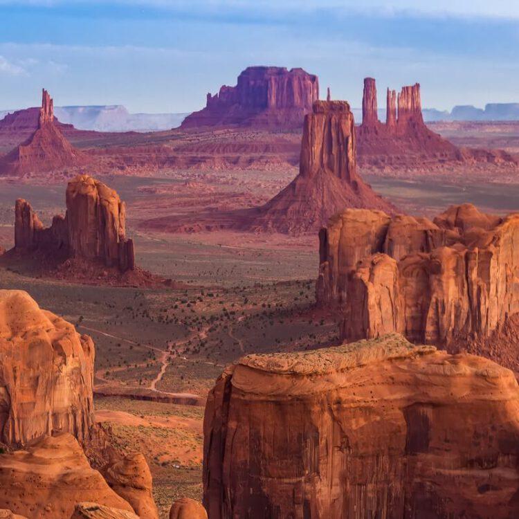 Долина монументов США общий вид