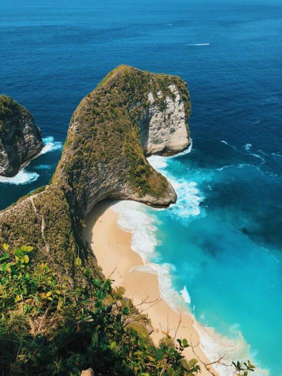 Пляж Келингкинг (Kelingking), Бунге Мекар, Бали, Индонезия
