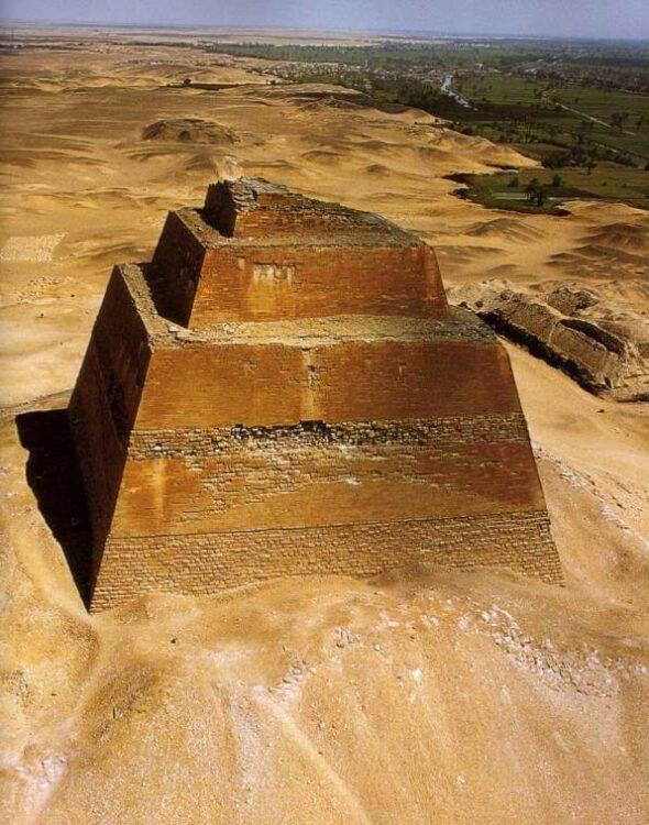 Пирамида Мейдума
