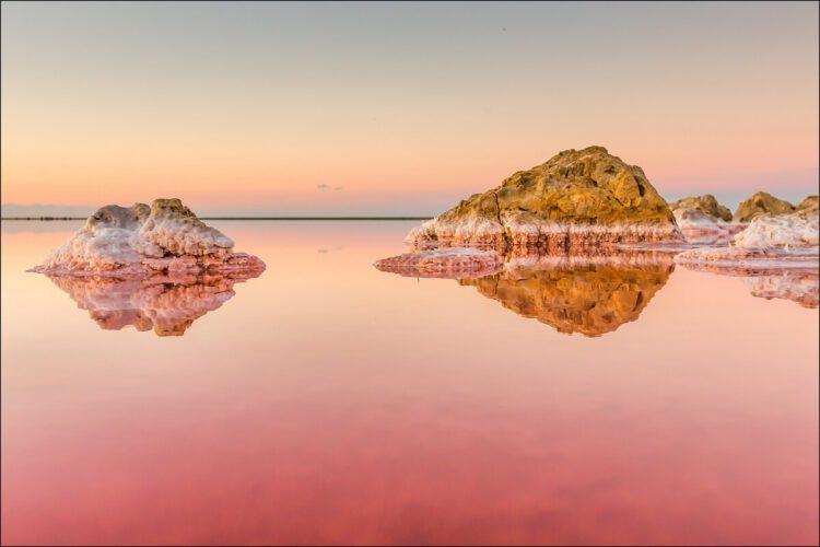 Каяшское розовое озеров в крыму
